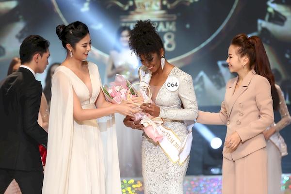 Ngọc Châu đăng quang Hoa hậu, Trương Mỹ Nhân nhận giải Á hậu tại 'Miss Supranational Vietnam 2018' 5