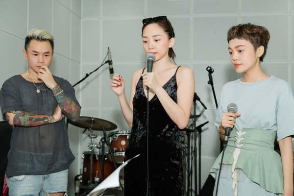 Tóc Tiên rủ rapper Binz tới Giọng hát Việt 2018 để hỗ trợ Thái Bình trong đêm chung kết 2