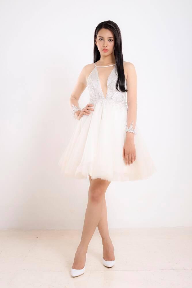 Ngắm mặt mộc trẻ trung và xinh đẹp của tân Hoa hậu Việt Nam Trần Tiểu Vy 20