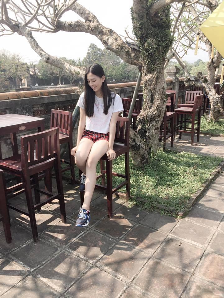 Ngắm mặt mộc trẻ trung và xinh đẹp của tân Hoa hậu Việt Nam Trần Tiểu Vy 14