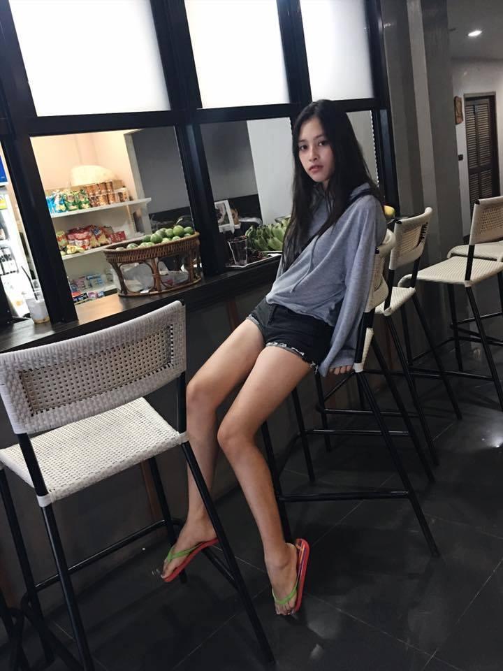 Ngắm mặt mộc trẻ trung và xinh đẹp của tân Hoa hậu Việt Nam Trần Tiểu Vy 17