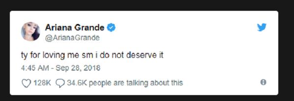 Nữ ca sĩ cập nhật liên tục trên Twitter vào rạng sáng.