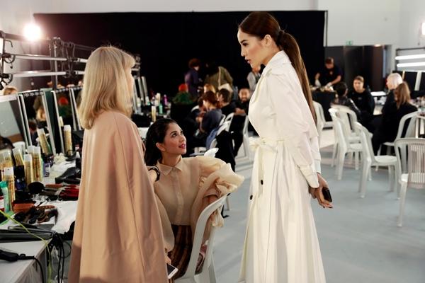 Kỳ Duyên đang có một tuần bận rộn với lịch trình dày đặc tại Paris Fashion Week.