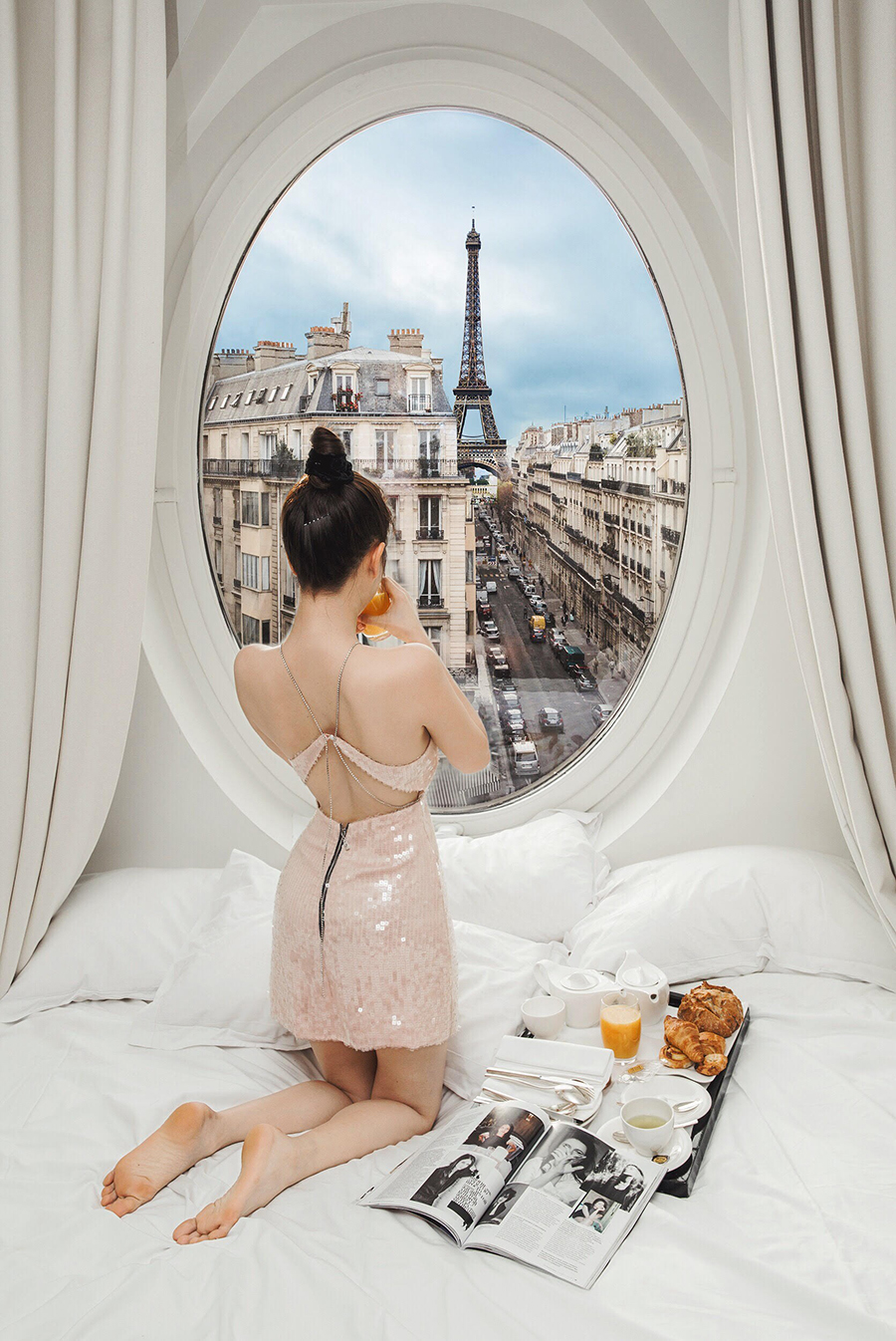 Ngọc Trinh nóng bỏng đón bình minh từ khách sạn sang chảnh bậc nhất nước Pháp 3