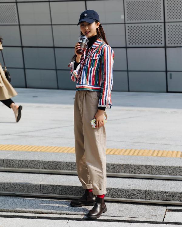 Seoul Fashion Week Xuân/Hè 2019 ngày thứ hai: 'Sàn diễn' của street style cá tính, màu sắc 4