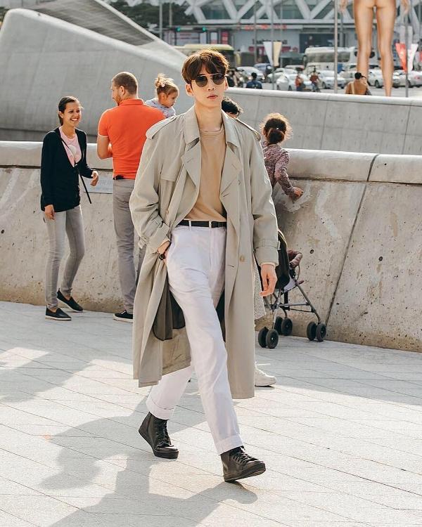 Seoul Fashion Week Xuân/Hè 2019 ngày thứ hai: 'Sàn diễn' của street style cá tính, màu sắc 12