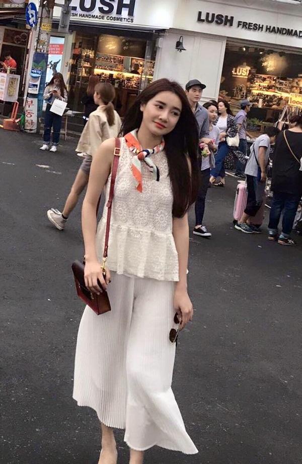 Thiết kế nữ tính, gam màu pastel là lựa chọn yêu thích của Nhã Phương