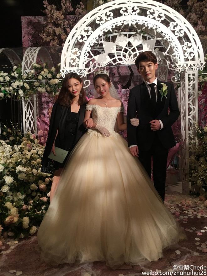 Những đám cưới cổ tích của dàn hot girl 'vạn người mê' từng nổi đình nổi đám khắp Trung Quốc 19