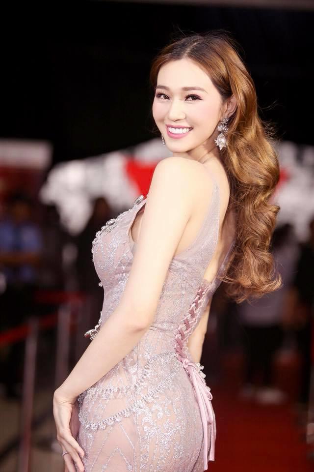 Khánh My không ngần ngại thừa nhận Trường Giang tán tỉnh cô.