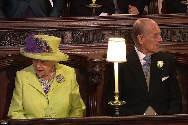 Nữ hoàng cùng Hoàng tế Philip