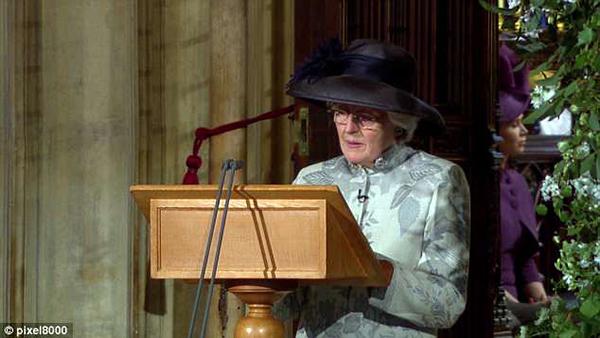 Bà Lady Jane Fellowes tại đám cưới của Hoàng tử Harry và Meghan Markel