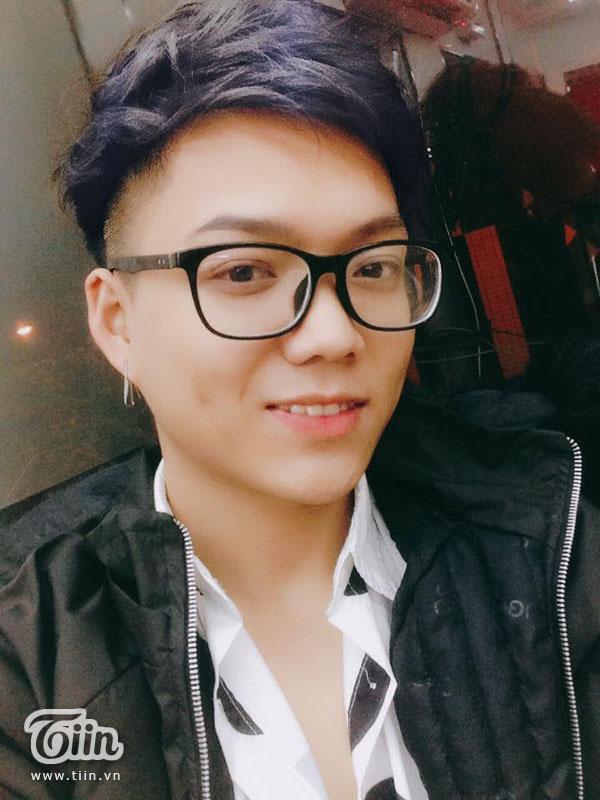 Bề ngoài, Norin Phạm cũng 'đanh đá' không kém gì trên mạng xã hội.