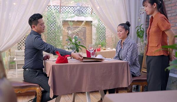 Gạo Nếp Gạo Tẻ (Tập 29): Chồng Lê Phương tra'hỏi'Google cách bỏ vợ sau 10 năm chung sống 3