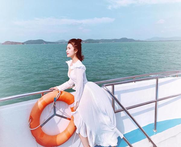 Vân Navy: Từ hotgirl cá tính nhất 'Nhật ký vàng anh' và hành trình trở thành doanh nhân trẻ 15
