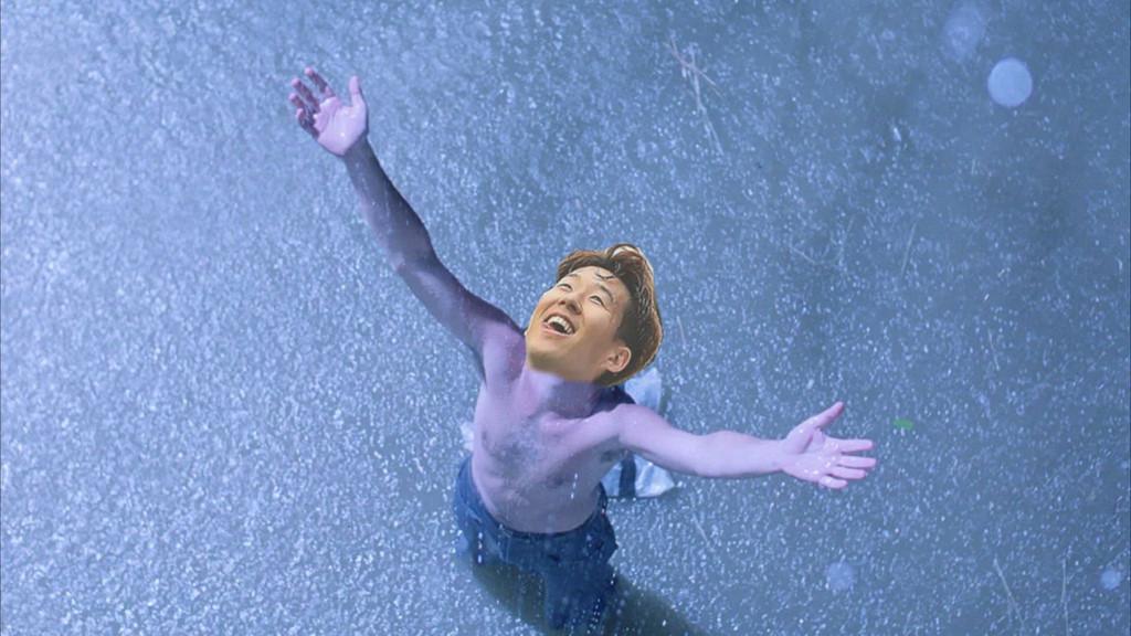 Hạnh phúc có lẽ là từ để diễn tả cảm xúc của Son Heung-min lúc này.