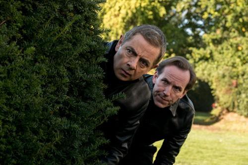 Jake Lacy (bên phải) sẽ thủ vai Jason Volta