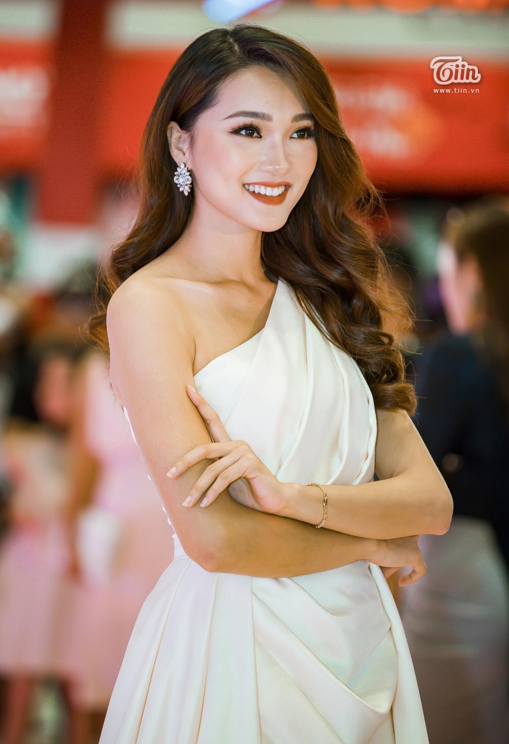 Người đẹp Ngọc Nữ