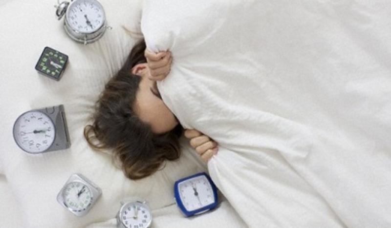 Chuông đồng hồ báo thức thông thường rất dễ bị... tắt đi để ngủ tiếp
