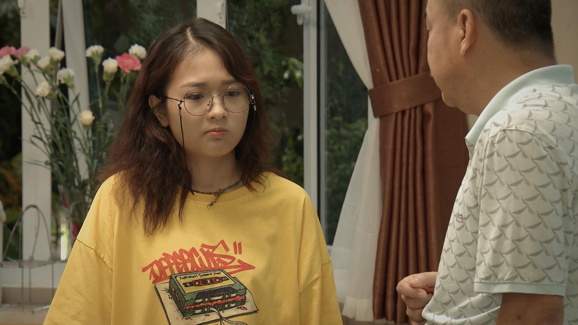 'Mẹ ơi, bố đâu rồi?' tập 5: Bố mẹ 'ngã ngửa' khi con gái coi 'hình tượng nhân vật nữ quyền trong xã hội' là Tóc Tiên, Minh Hằng 0