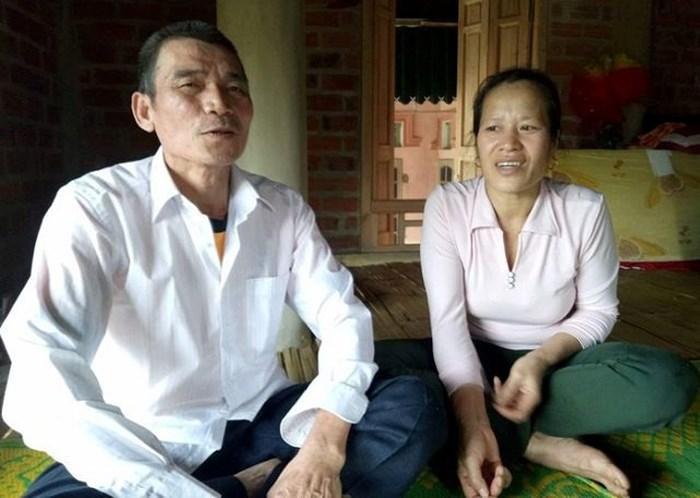 Bố mẹ thủ môn Bùi Tiến Dũng