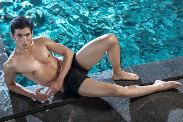 Tuấn Kiệt và Quỳnh Anh sở hữu chiều cao nổi bật, vóc dáng săn chắc, cuốn hút của người mẫu thời trang cao cấp.