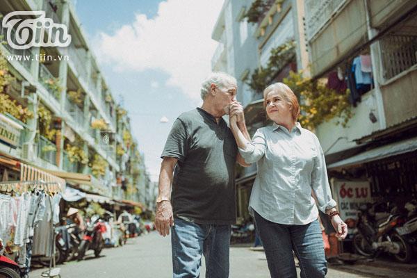 Cặp vợ chồng người Mỹ đã có những bức ảnh đẹp được chụp tại Việt Nam.