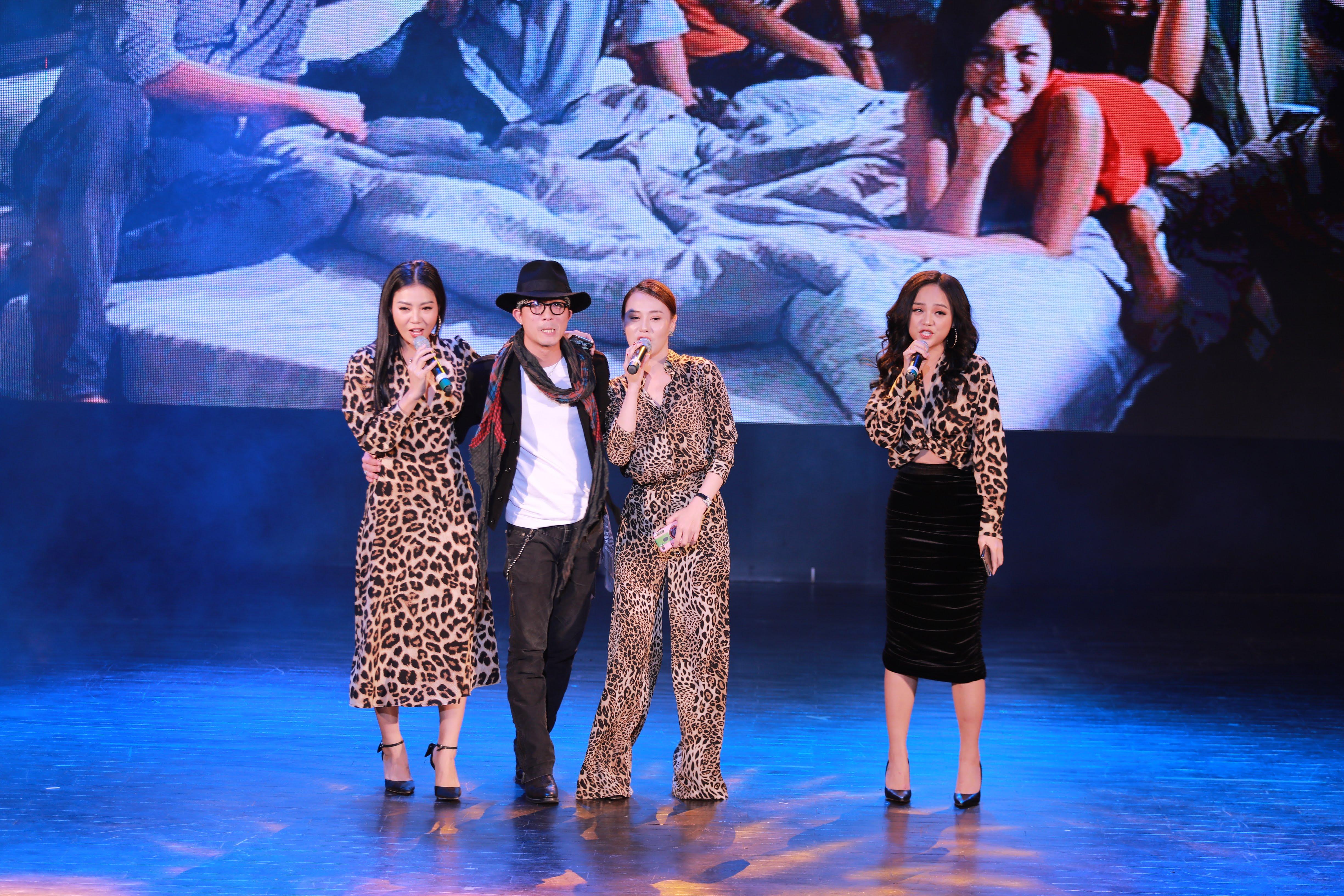 4 diễn viên Doãn Quốc Đam, Phương Oanh, Thu Quỳnh, Thanh Hương tại buổi giao lưu.