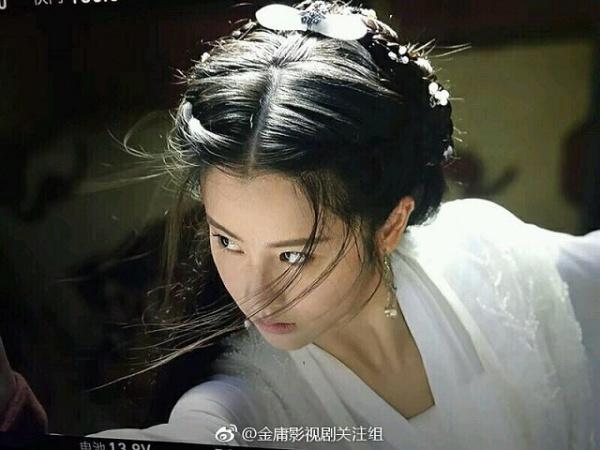 Tiểu Long Nữ: Mao Hiểu Huệ.Tương tự như Đồng Mộng Thực, nếu chỉ xét riêng về ngoại hình, nhan sắc hay khí chất thì Mao Hiểu Huệ có nhiều tiềm năng sẽ tạo nên một Tiểu Long Nữ gây ấn tượng như Lưu Diệc Phi.