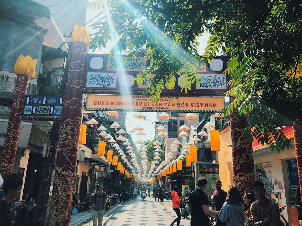Thêm con đường nón lá tuyệt đẹp ở Hà Nội khiến các bạn trẻ đổ xô đến check-in 0