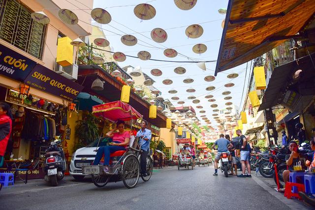 Thêm con đường nón lá tuyệt đẹp ở Hà Nội khiến các bạn trẻ đổ xô đến check-in 4