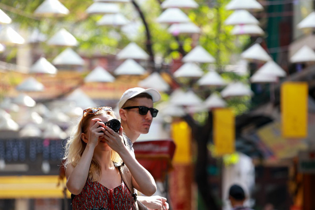 Thêm con đường nón lá tuyệt đẹp ở Hà Nội khiến các bạn trẻ đổ xô đến check-in 7