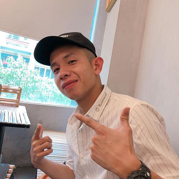Bức ảnh hiếm hoi Bảo Trang đăng lên mạng xã hội thông báo về việc 'Boss' mất nick.