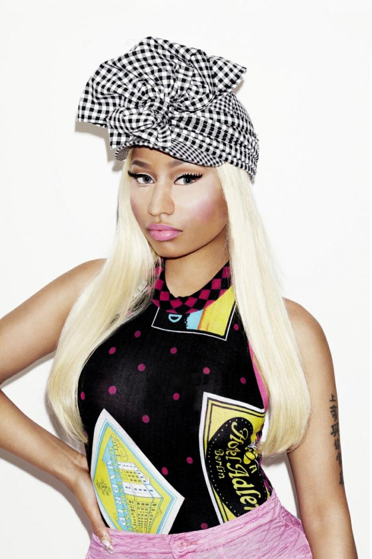 Nicki Minaj hoạt động sôi nổi năm qua nhưng có vẻ không chất lượng mấy.