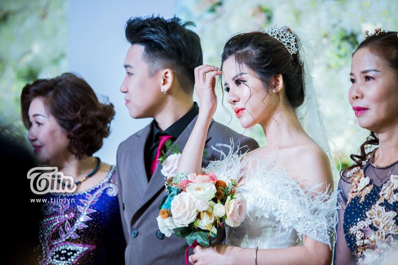 Cặp đôi nhận được nhiều lời khen ngợi về sự xứng đôi vừa lứa.