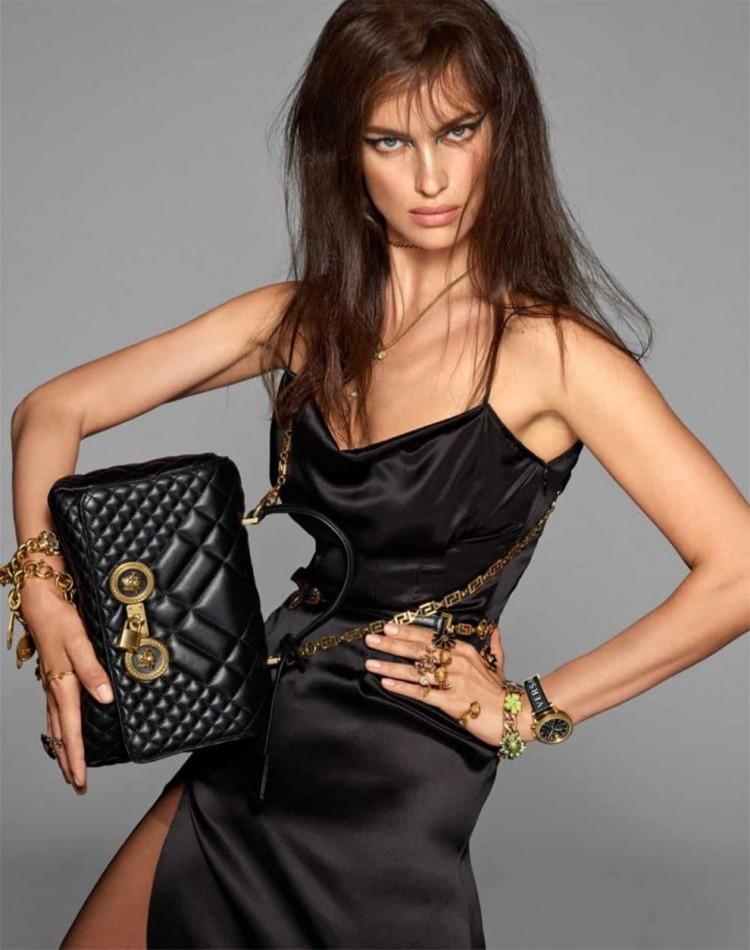 Một Irina Shayk sắc lẹm cá tính.