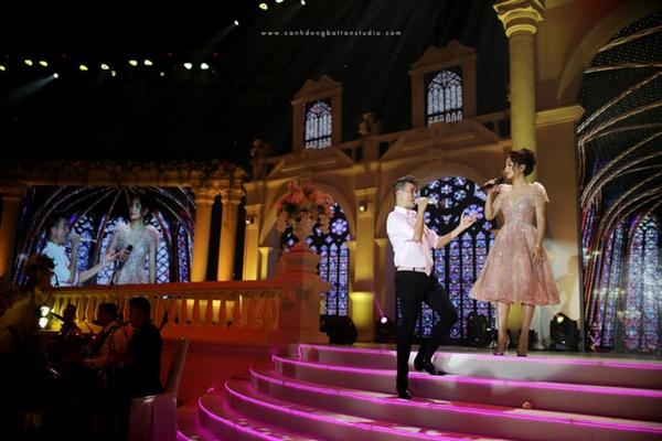 Đám cưới có sự xuất hiện của nam ca sĩ Đàm Vĩnh Hưng, Dương Triệu Vũ.