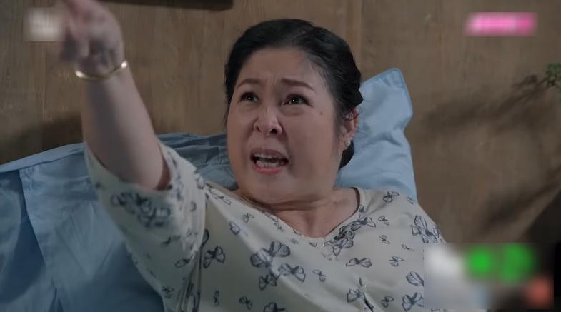 Bà Mai kết luận Hương làcô con gái độc ác, giả dối.