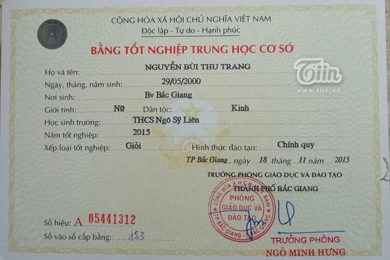 Thu Trang xuất sắc đạt danh hiệu học sinh giỏi 12 năm liền.