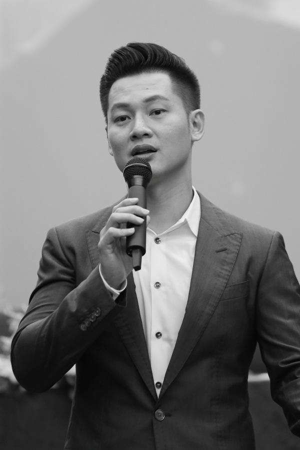Đức Tuấn đưa khán giả đi vào miền ký ức của chính mình trong album mới về Hà Nội 1