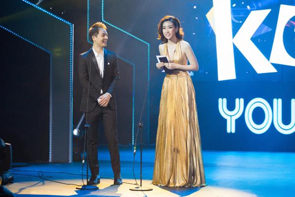 Khi Đỗ Mỹ Linh lên xướng tên người chiến thắng ở hạng mụcCa khúc nhạc Dance