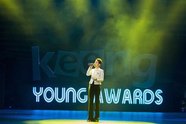 Vũ Cát Tường đại thắng Keeng Young Awards 2018: Thành công của tôi luôn có fans đồng hành! 10