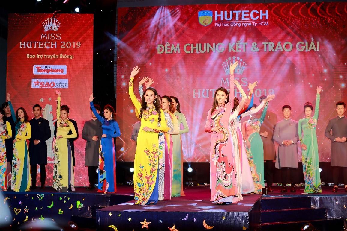 Nguyễn Thị Thanh Khoa (Khoa Tiếng Anh) – đã xuất sắc giành vương miện Miss HUTECH 2019.