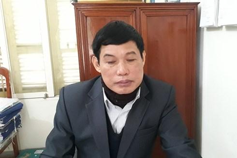 Thầy Phạm Xuân Hùng - Hiệu trưởng Trường THCS Quảng Cư khẳng định không bóp cổ học sinh và mong các cơ quan điều tra làm rõ vụ việc.