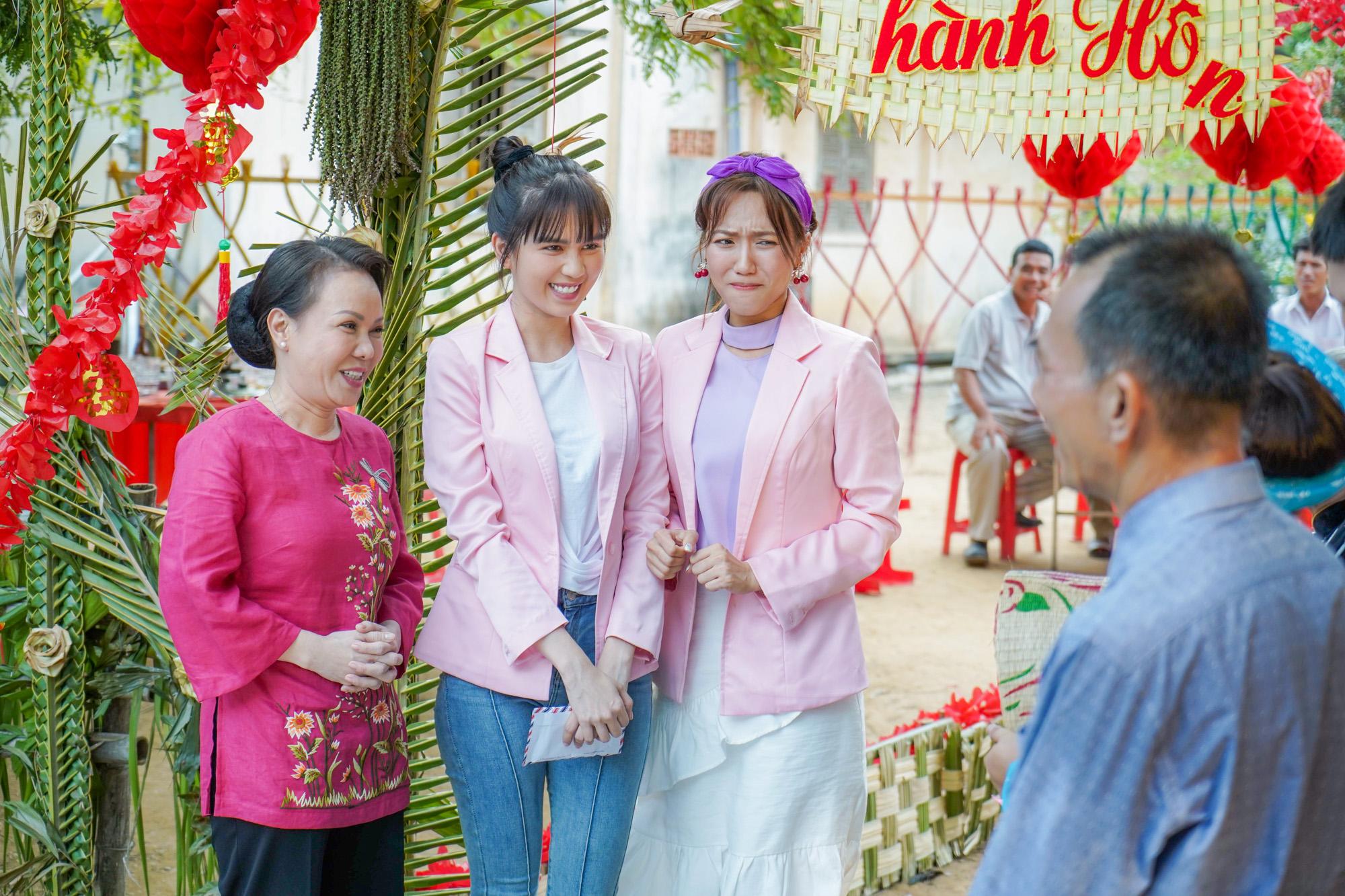Ê kíp tổ chức đám cưới độc nhất vô nhị ở miền Tây gồm Việt Hương Ngọc Trinh, Diệu Nhi, La Thành,Hồ Vĩnh Anh