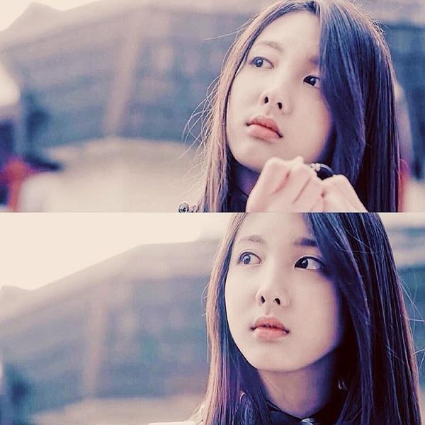 Nayeon xinh đẹp trong MV của tiền bối GOT7