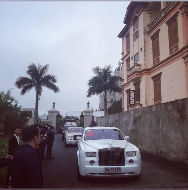 Đám cưới 'khủng' ở Nam Định: 2 siêu xe Rolls-Royce Phantom 35 tỷ đón cô dâu vàng đeo trĩu cổ 4
