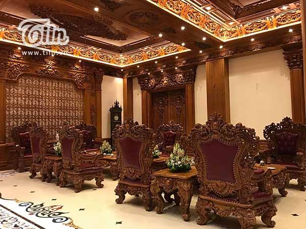 Đám cưới 'khủng' ở Nam Định: 2 siêu xe Rolls-Royce Phantom 35 tỷ đón cô dâu vàng đeo trĩu cổ 10