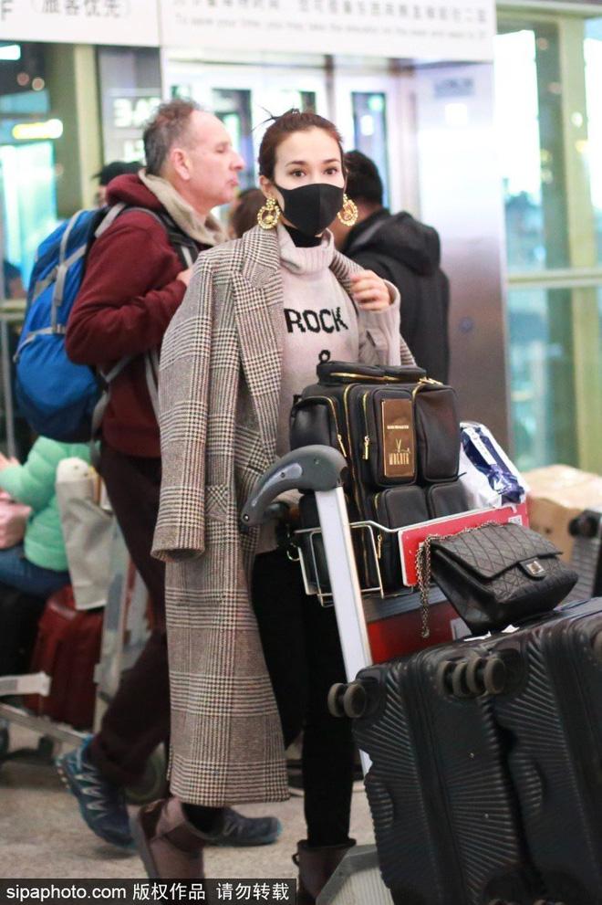 Anh chàng dẫn bạn gái Lư Tịnh San về quê ăn Tết cùng