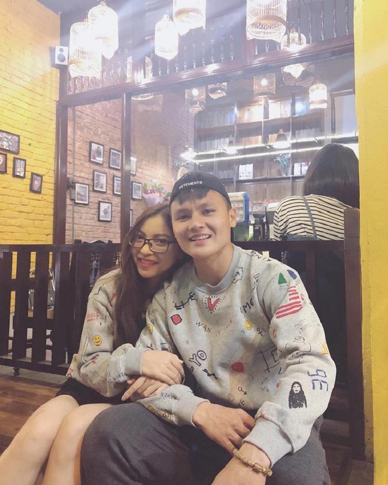 Tin đồn Nhật Lê và Quang Hải chia tay rộ lên khiến nhiều người hâm mộ cặp đôi tỏ ra khá lo lắng