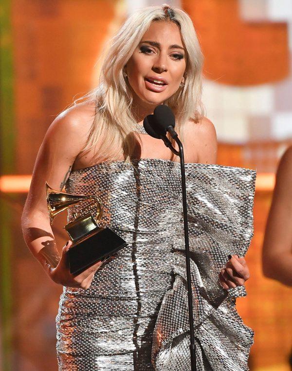 Lady Gaga giành 3 giải Grammy 2019, nhưng để hụt 'Ca khúc của năm' về tay This Is America 1